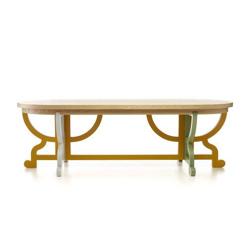 klassischer Tisch / Holz / oval