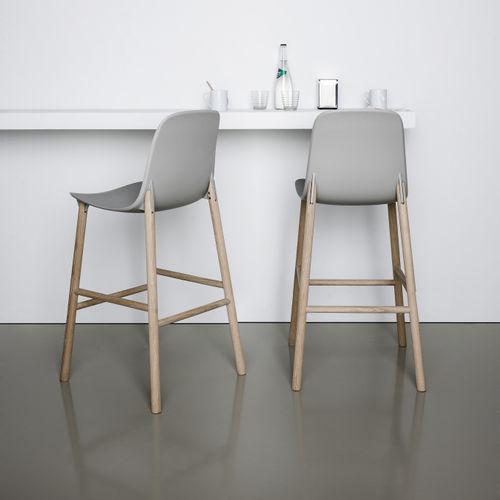 moderner Barstuhl / Polster / Stoff / Holz