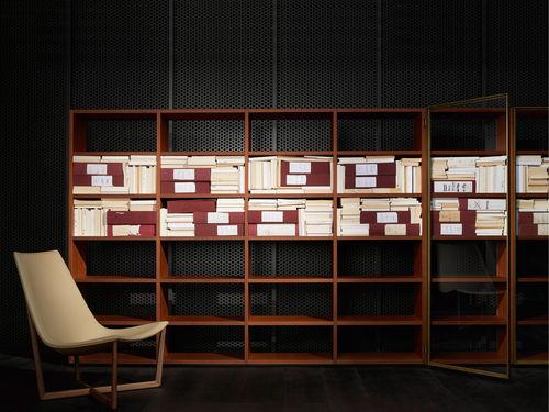 modernes Regal / Holz / von Piero Lissoni