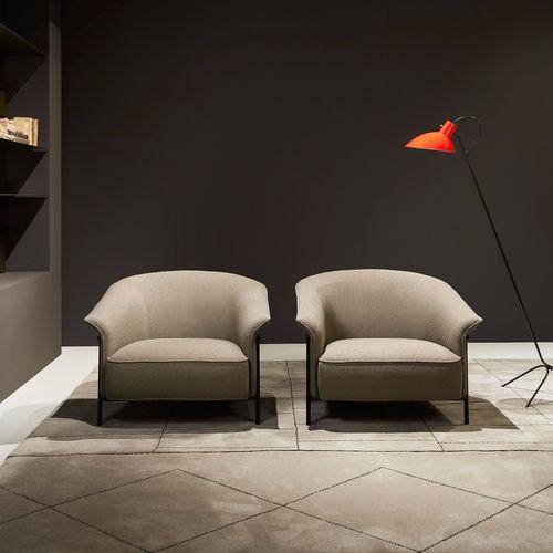 moderner Sessel / Stoff / Leder / gestrichenes Metall