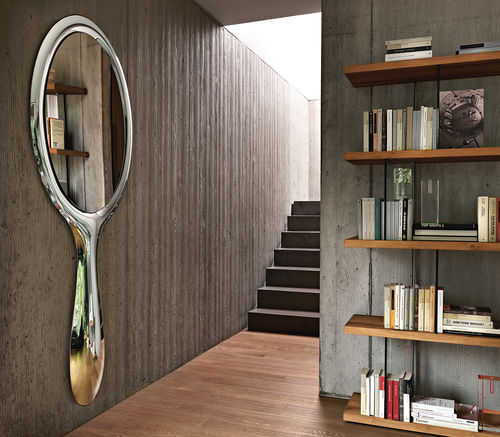 wandmontierter Spiegel / modern / oval / Metall