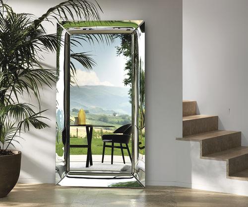 wandmontierter Spiegel / Stand / hängend / modern