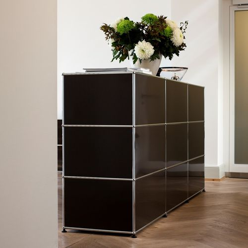 hohes Sideboard / modern / lackiertes MDF / Metall