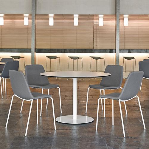 moderner Tisch / Stahl / mit Fußgestell aus Stahl / rund
