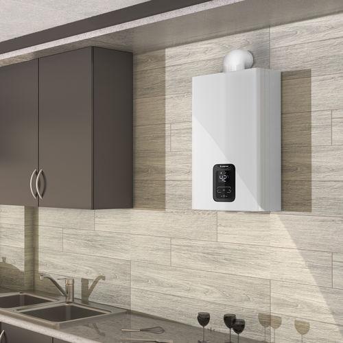 Gas-Durchlauferhitzer / wandmontiert / vertikal / Wohnbereich