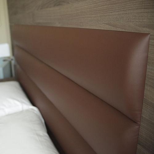 Kopfteil für Doppelbetten / modern / Leder / Holz