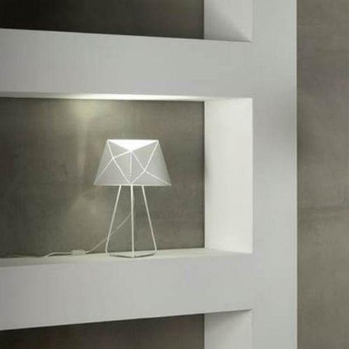 Tischlampe / modern / Metall / LED