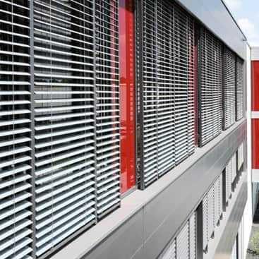 Jalousie-Rollo / extrudiertes Aluminium / Außenbereich / Sonnenschutz