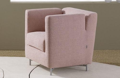 moderner Sessel / aus Polyesterfasern / Objektmöbel