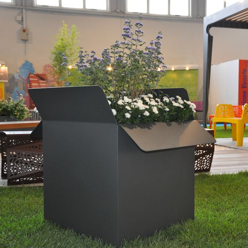 Pflanzkübel / verzinkter Stahl / COR-TEN®-Stahl / quadratisch / rechteckig