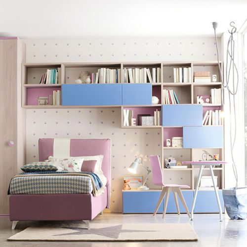 violette Kinderzimmer / blau / lackiertes Holz / unisex
