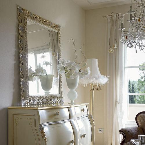 wandmontierter Spiegel / Stil / quadratisch / Holz