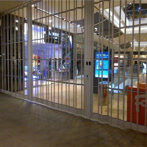 Sicherheitsgitter für Schaufenster
