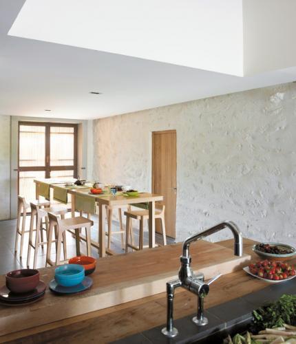 moderner Stehtisch / Natureiche / rechteckig / für Restaurants