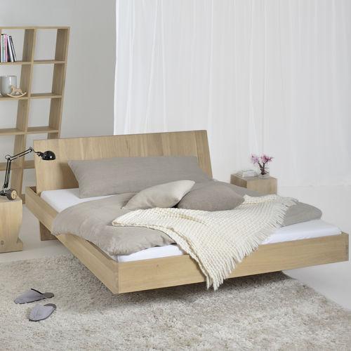 Schwebebett / Doppelbett / originelles Design / Kopfteil