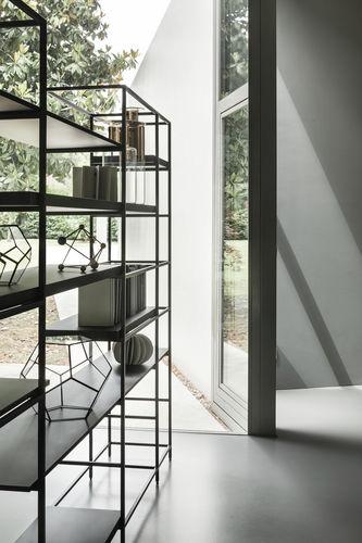 modernes Regal / Holz / Metall / gestrichenes Holz