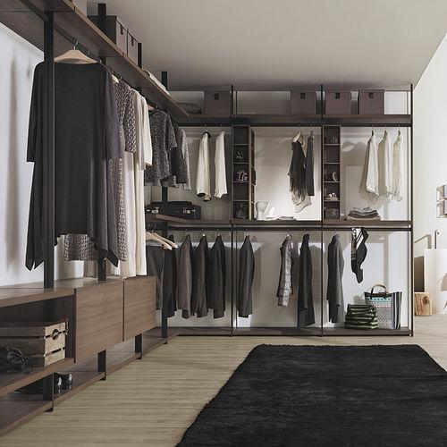 Begehbarer Kleiderschrank / Eck - LEMA Home