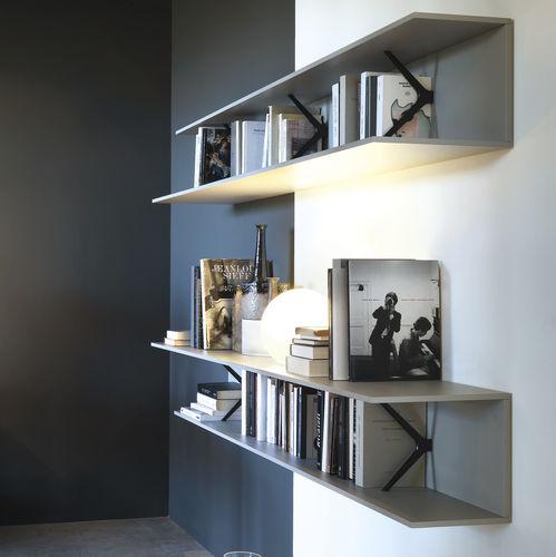 wandmontiertes Regal / modern / aus Eiche / Aluminium