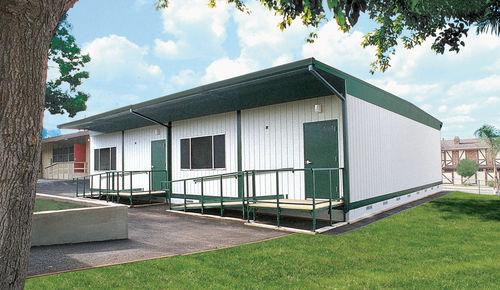 temporäres Gebäude / Holz / Stahlrahmen / für Schulen