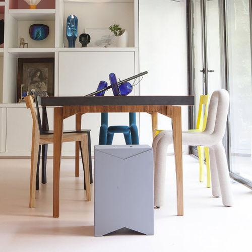 moderner Stuhl