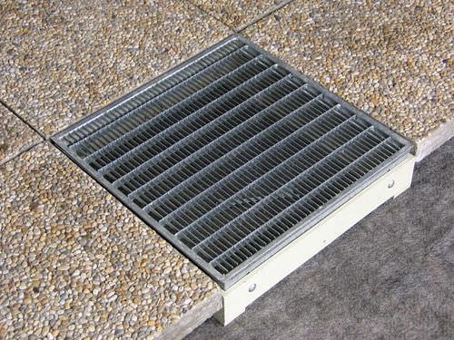 Abflussrinnen-Gitter / Stahl