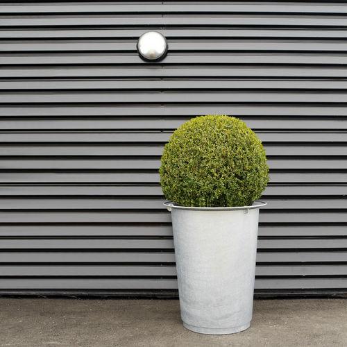 Pflanzkübel / verzinkter Stahl / Polyethylen / rund / modern