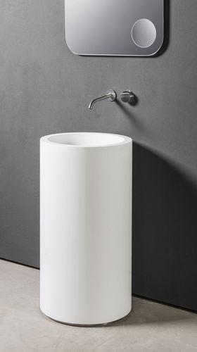 freistehendes Waschbecken / rund / aus Corian® / modern