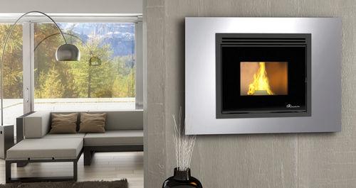 Pellets-Kaminofen / modern / Stahl / wandmontiert