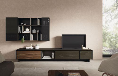 moderne Wohnwand / lackiertes Holz / aus Nussbaum / Glas