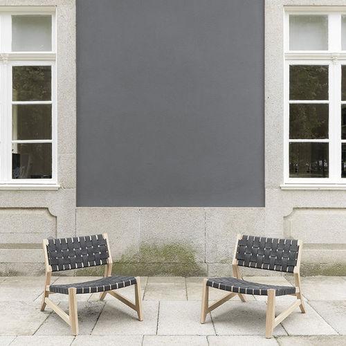 moderner Sessel / Leder / aus Eiche / Massivholz