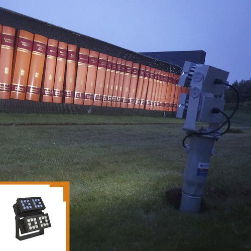 Aufbauleuchte / LED / Außenbereich / Aluminium