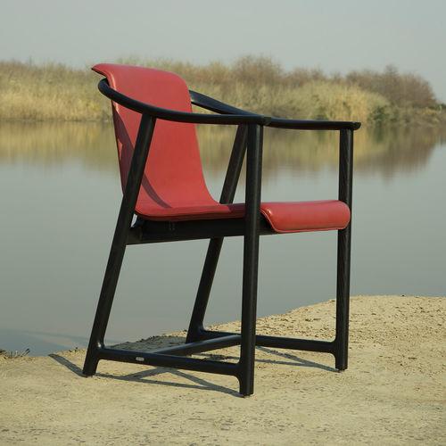 moderner Stuhl / Polster / Massivholz / Edelstahl