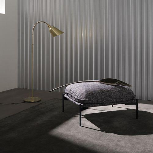 moderner Sitzpuff / Stoff / Stahl / quadratisch
