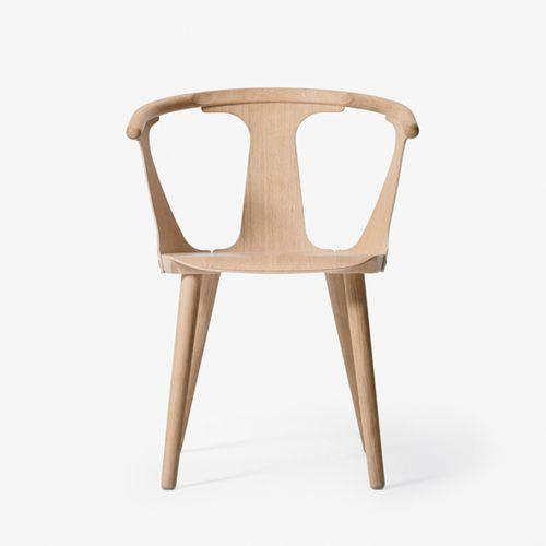 moderner Stuhl / aus Eiche / Massivholz / schwarz