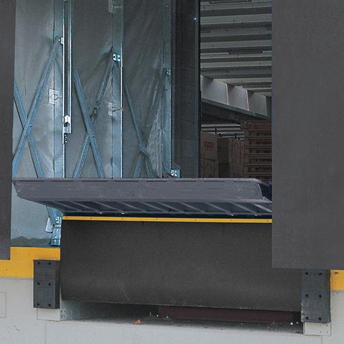 Zugangsrampe / verzinkter Stahl / für Schwellen