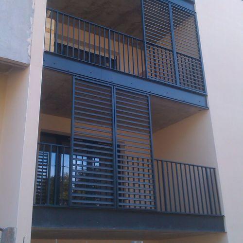 Lamellen-Fensterladen