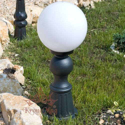 Garten-Leuchtpoller / klassisch / Gusseisen / LED