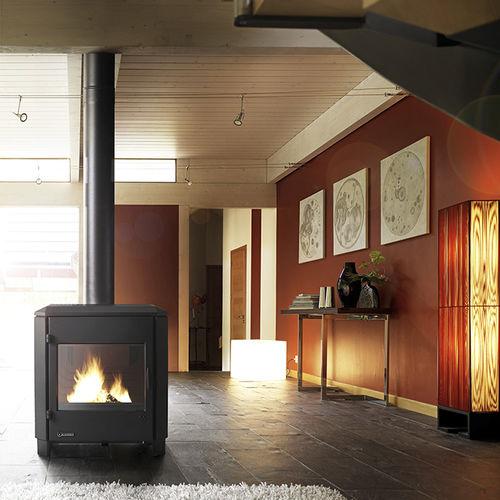 Holz-Kaminofen / modern / Gusseisen