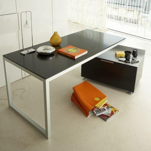 Schreibtisch aus Eiche / lackiertes Holz / Stahl / modern