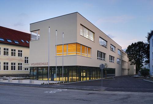 Fertigbau-Gebäude / Holz / für Schulen / Öko