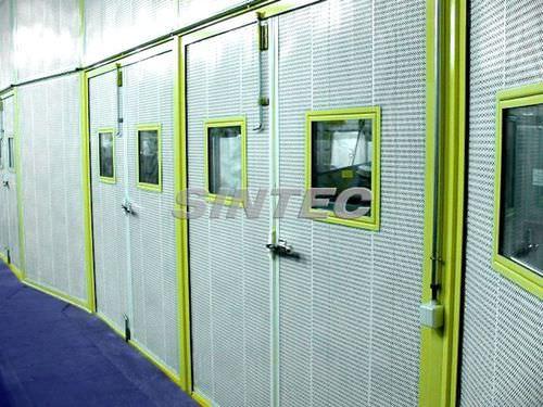 einflügeliges Industrietor / Stahl / Akustik / halbverglast