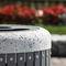 Park-Abfallbehälter / verzinkter Stahl / Beton / mit integriertem Aschenbecher