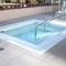 Hot-Tub-Schwimmbecken / nach Maß