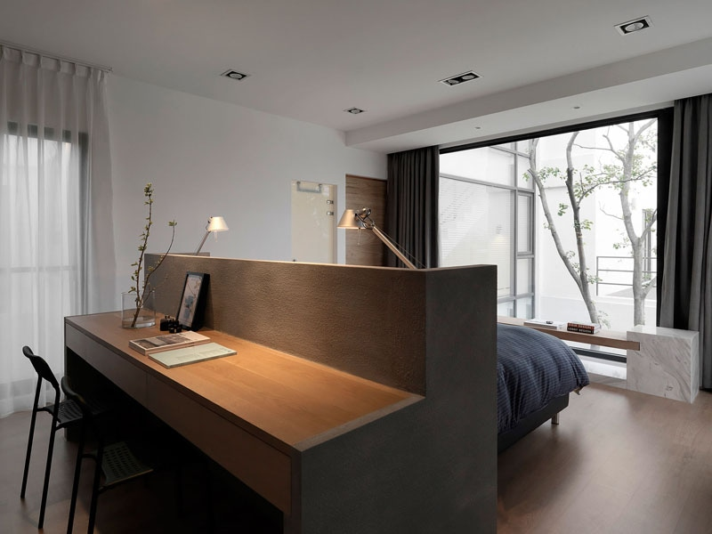 Schlafzimmer-Entwurfs-Idee – ein Schreibtisch errichtet in die ...