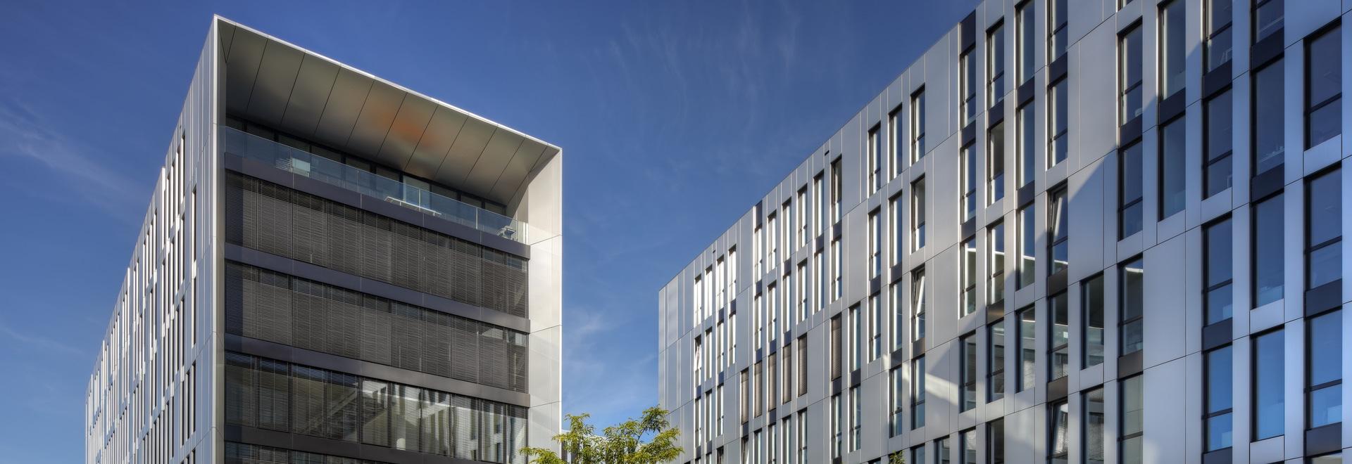 Clara- und Robert-Bürogebäude