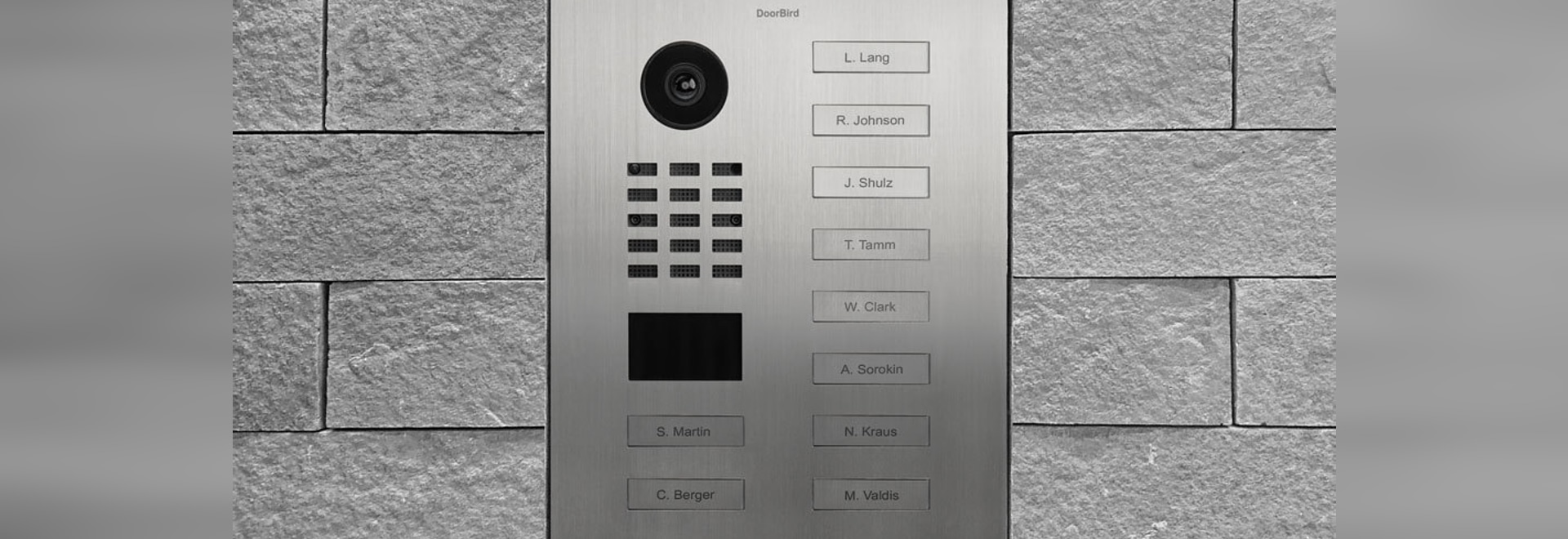 DoorBird IP-Türsprechanlagen für Mehrfamilienhäuser