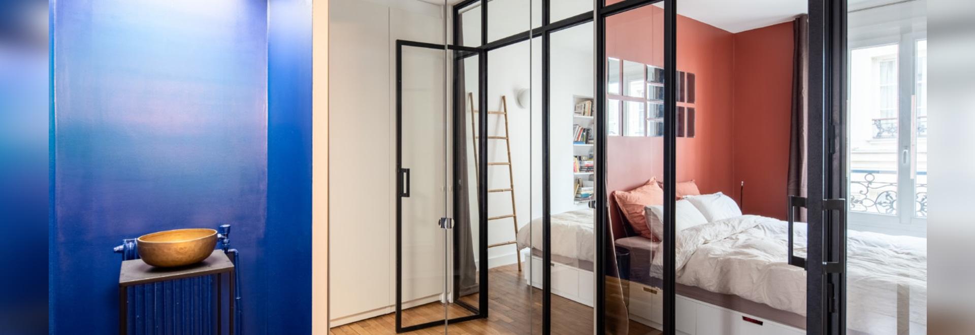 Komponieren eines modernen Stils innerhalb der Grenzen einer alten Pigalle-Wohnung