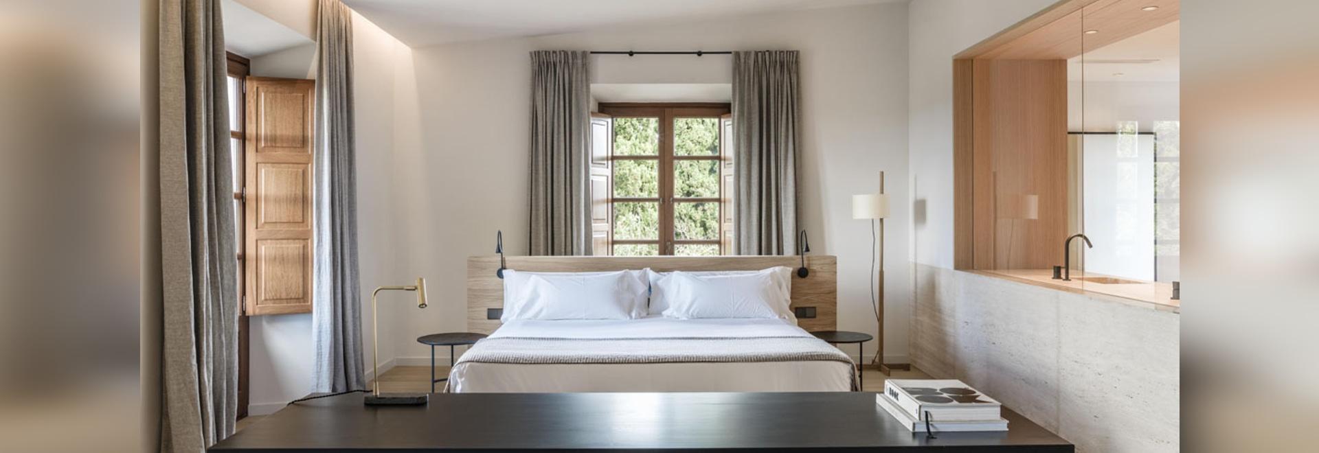 Der raffinierte Touch von Diametro35 Schwarz erneuert die Suiten des Son Julia Country House & Spa auf Mallorca, Spanien