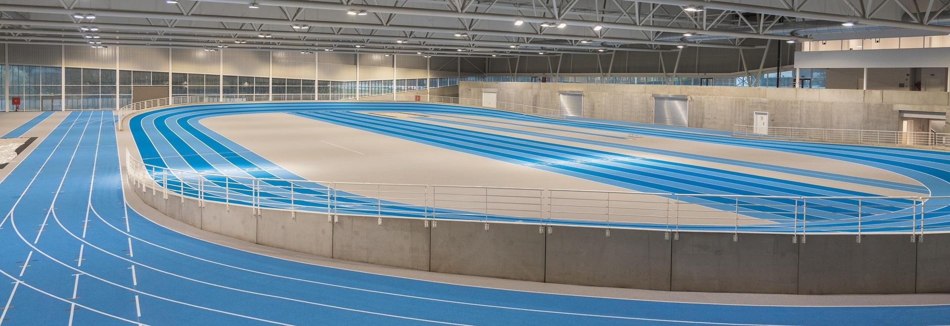 Die REGUPOL Laufbahn in der neuen Leichtathletikhalle in Louvain-la-Neuve, Belgien