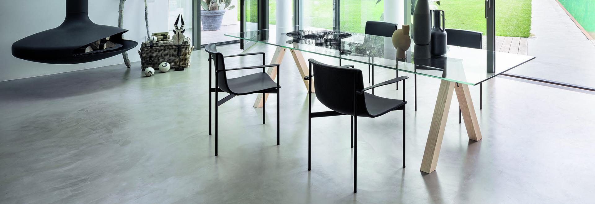 """Tisch """"Sexten"""" von Piero Lissoni"""